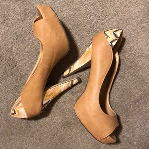 madden girl chevron and tan platform shoes